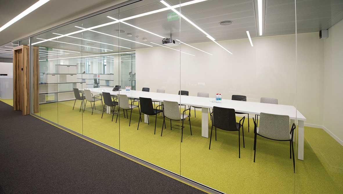 AGBU Building photo salle de réunion