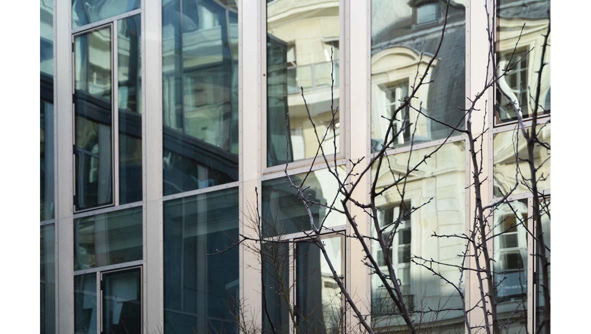 Façade extérieur du batiment fenêtres