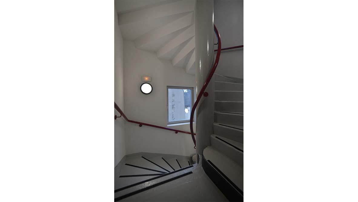 cage d'escalier immeuble