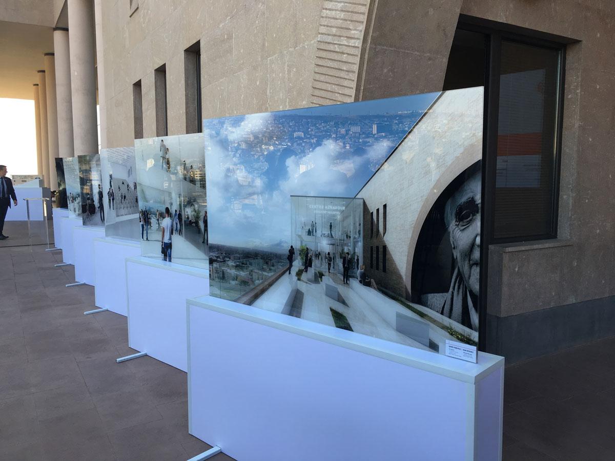 Exposition des perspectives 3D de la fondation Aznavour